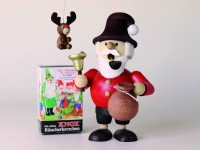 Geschenkset Mini-Räuchermann Weihnachtswichtel 11,8 cm groß + 1 Baumbehang + 1 Pack Mini-Räucherkerz
