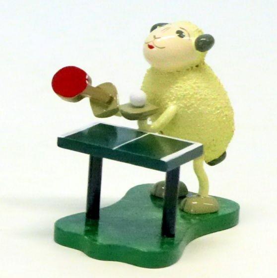 """Schaf """"Bolli"""" Tischtennis spielend"""